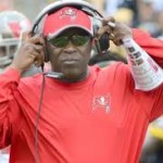 Lovie's pleads for Bucs fans not to jumpship