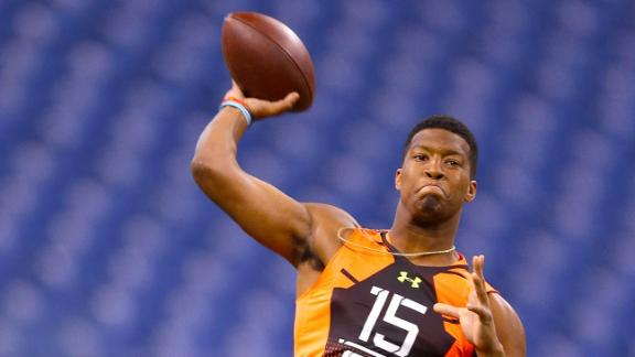 Jameis Winston throws at the 2015 NFL combine.