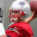 Tom Brady cuts his thumb sits out vs Bears.