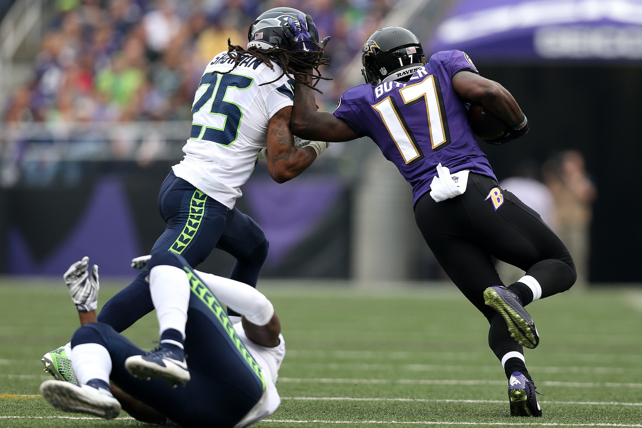bal-ravens-wide-receivers-jeremy-butler-daniel-brown-step-up-against-top-seahawks-secondary-20151214