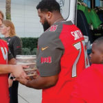 Bucs Players Get into the Holiday Spirit