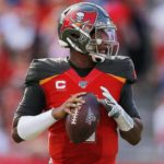 Winston closes in on Manning record