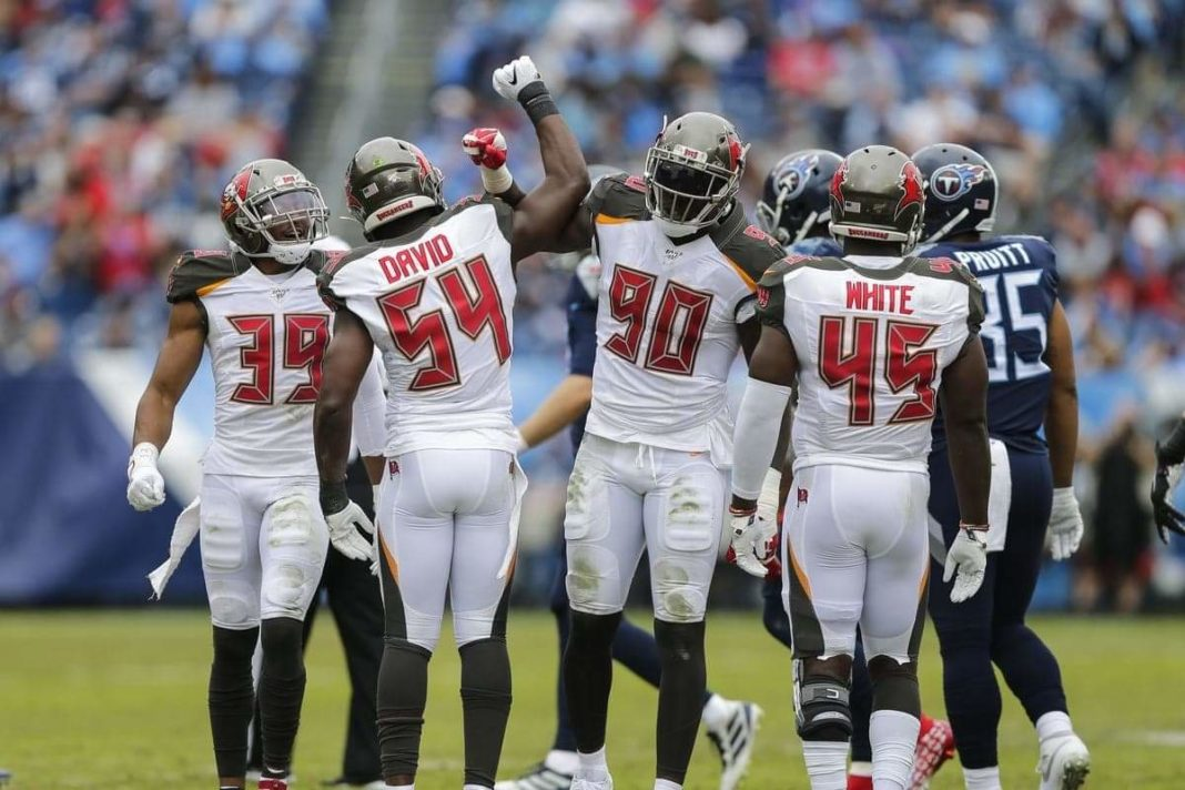 Buccaneers Defense/via Silas Walker/Getty Images