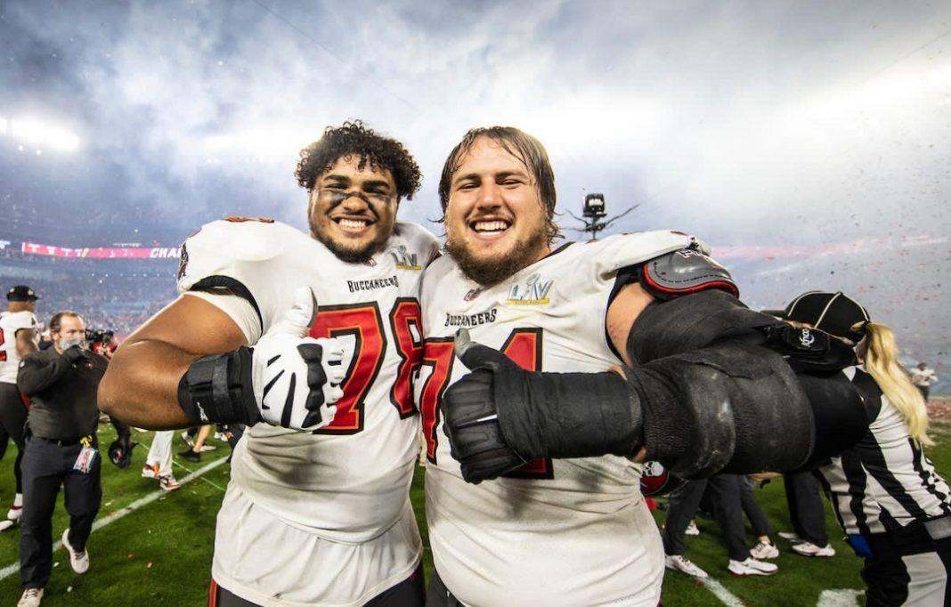 Buccaneers' Tristan Wirfs and Ali Marpet/via Tampa Bay Buccaneers