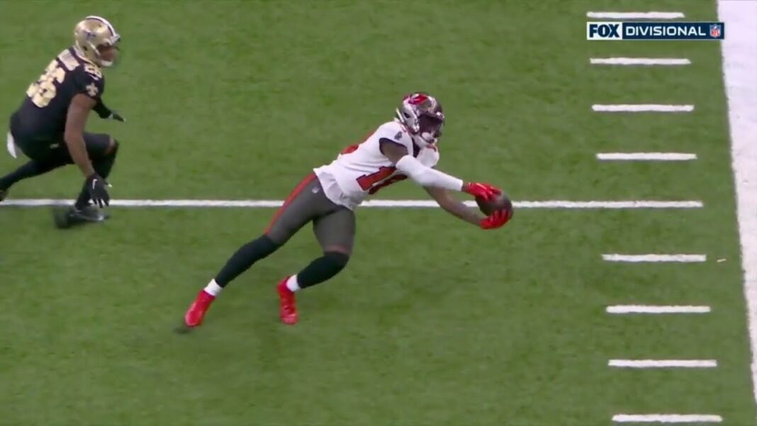 Tampa Bay Buccaneers rookie wide receiver Tyler Johnson with a twisting snag/via.NFL
