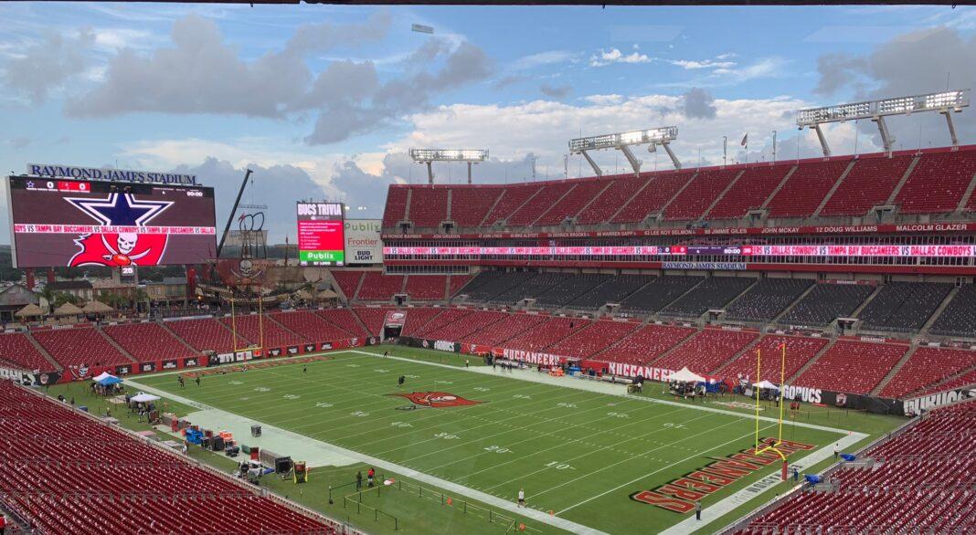 Raymond James Stadium shortly before kickoff/via Sports Talk Florida