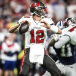Watch: Brady to Gronkowski for Six